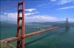 Foto, Bild: Golden Gate Bridge mit Containerschiff