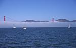 Foto, Bild: Golden Gate Bridge mit Nebel