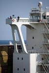 Kapitän und Lotse auf der Brückennock