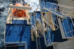 Musterstation, Rettungsboot und Außentreppen des Deckshauses