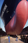 Arbeiten an der Schiffsnase (Bugwulst, Bulb) bei Blohm + Voss Repair