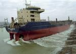 Stapellauf des Tankers WAPPEN VON MÜNCHEN seitwärts auf der Damen-Galatz-Werft, Rumänien